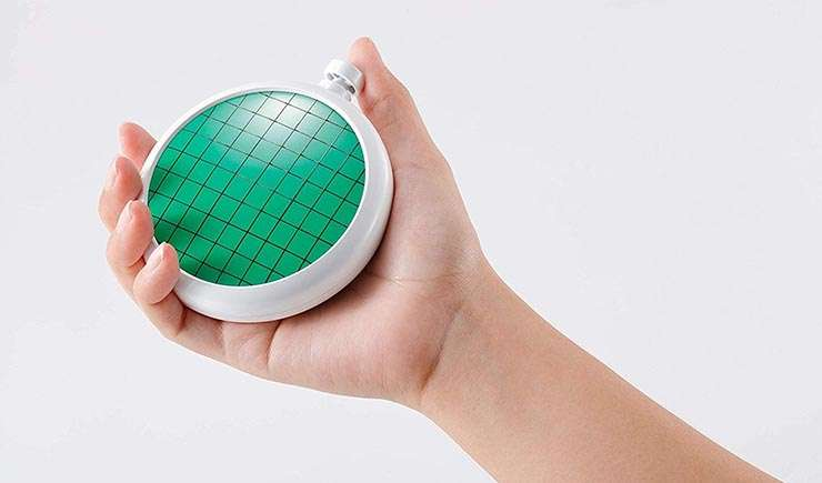 Via https://www.zipang-hobby.com/media/product/468/bandai-proplica-dragon-radar-dragon-ball-trackable-shipping-ban576286-by-bandai-86c.jpg